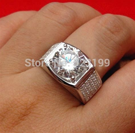 Luxury Big Stone Design 5 Carat SONA Fine Diamond Man