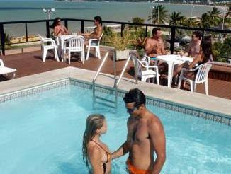 Review Xênius Hotel