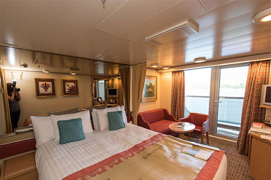11 Ways to Make Your Cruise Ship Cabin Feel Bigger - Cruise Critic