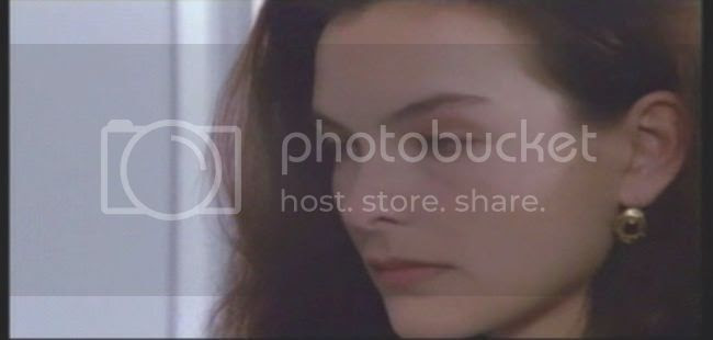 photo carole_bouquet_special_police-3.jpg
