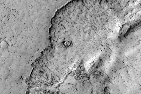 Perierga.gr - Ελέφαντας στον Άρη; Σύμφωνα με τη NASA ναι!