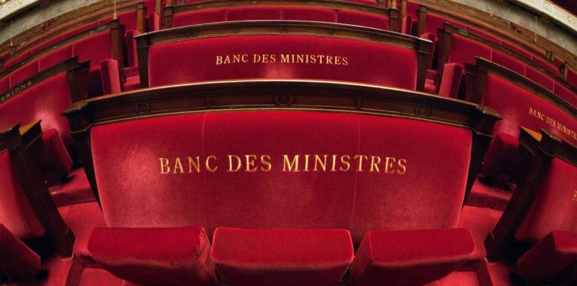 Au sein des cabinets ministériels du gouvernement Ayrault, le turn-over est bine plus précoce que sous Nicolas Sarkozy. (SIPA)