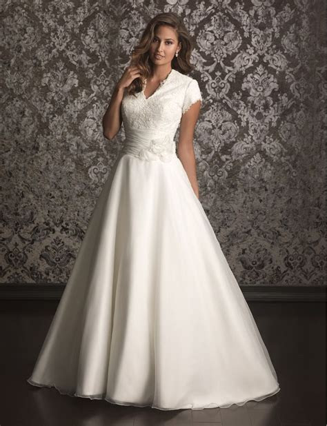 25  best ideas about Cheap vintage wedding dresses on