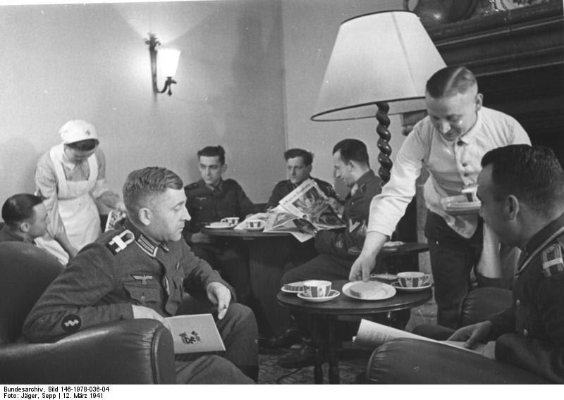 Bundesarchiv_Bild_146-1978-036-04,_Frankreich,_Soldatenheim