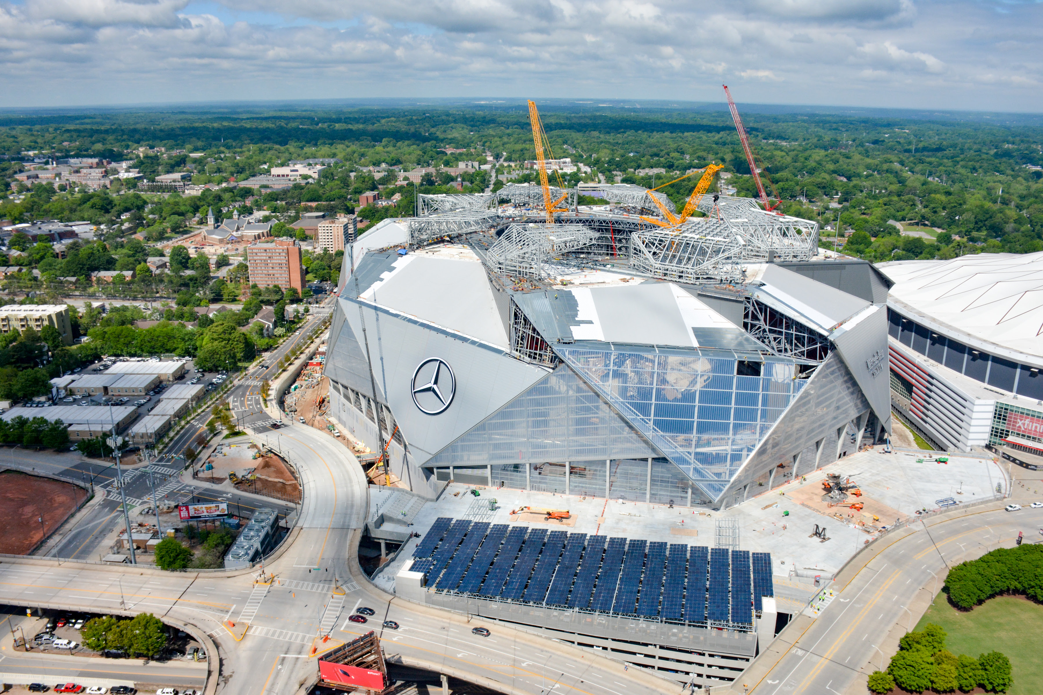 May 2017 Construction Time-Lapse - Mercedes Benz Stadium