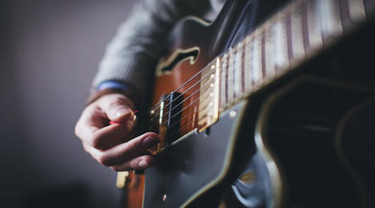Top 10 Practice Tips for Guitarists - The Guitar Journal