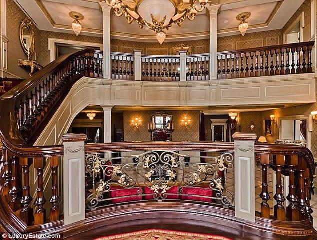 Celine Dion puts her £18 million mansion up for sale | Mail Online