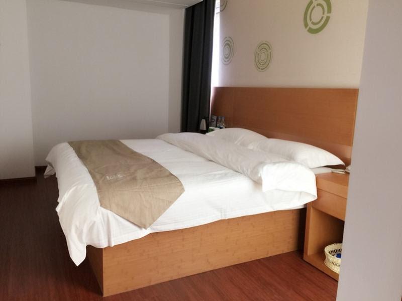 Review GreenTree Inn Nanjing Jiangning District Jiulonghu Metro Station Express Hotel