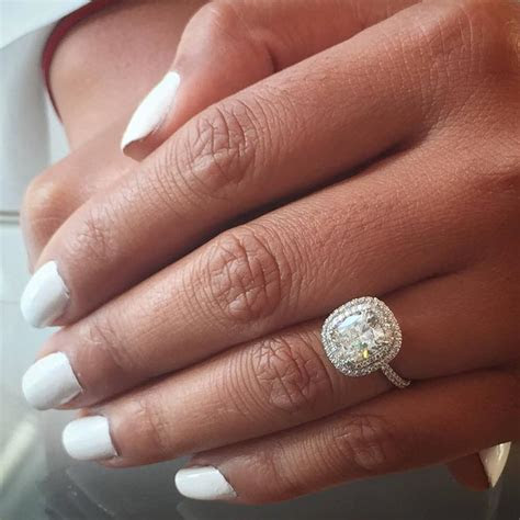 Forevermark Diamond Ring 2 carat Cushion Diamond with