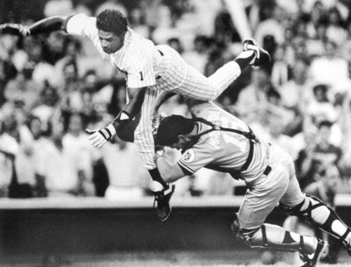 Deion Sanders attempting to take home against Kansas City Royals, Mike Macfarlane (1990)
