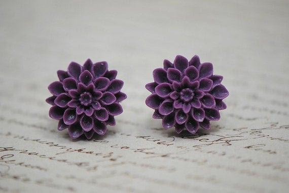 Purple MUM Chrysanthemum Stud Earrings - Violet Love