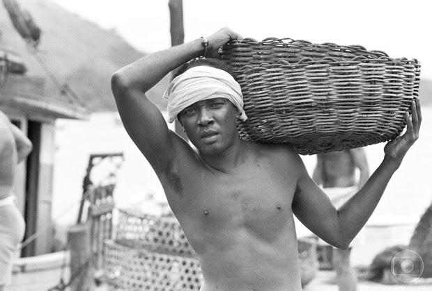 Antônio Pompêo em Mulheres de Areia (Foto: CEDOC )