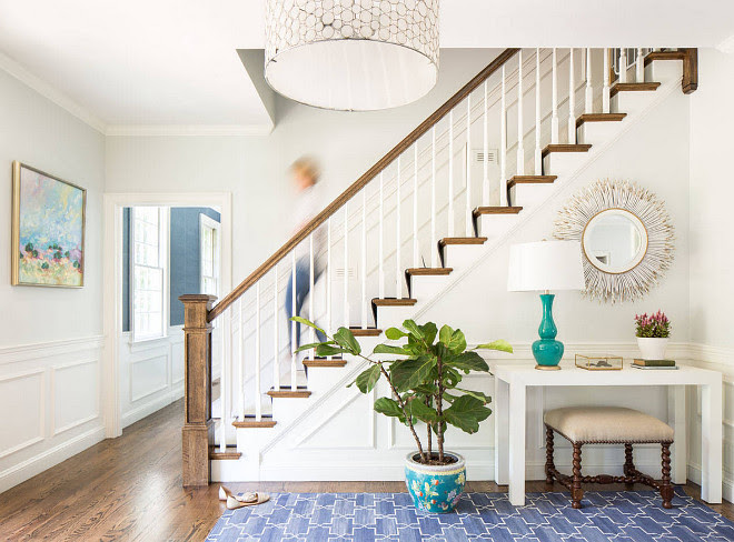 Blue and white foyer. Foyer with blue and white decor. Foyer with blue and white accents. Blue and white rug is from Madeline weinrib. #Foyer #Blueandwhite #Decor #Blueandwhitedecor Jamie Keskin Design.