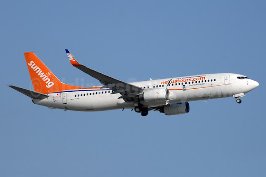 Sunwing Airlines (Travel Service Airlines) Boeing 737-8Q8 WL C-FTAH (msn 29351) (Nexus Tours) YYZ (TMK Photography). Image: 933230.