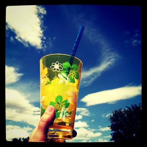 Blue skies, tall glass of ice water...aaahhhhhhh