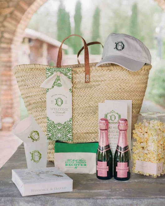 What to put in your wedding welcome bag