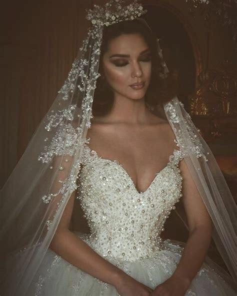 Wedding dress and veil. I normally dislike the fairy tail