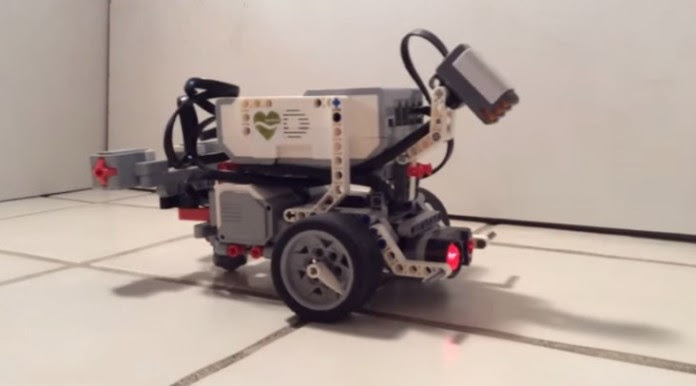 Ρομπότ Λειτουργεί με Μυαλό Σκουληκιού