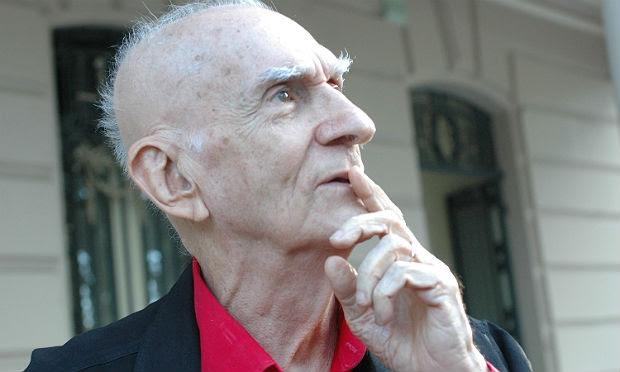 O escritor paraibano sofreu um Acidente Vascular Cerebral (AVC) hemorrágico / Foto: Bobby Fabisak/ JC Imagem