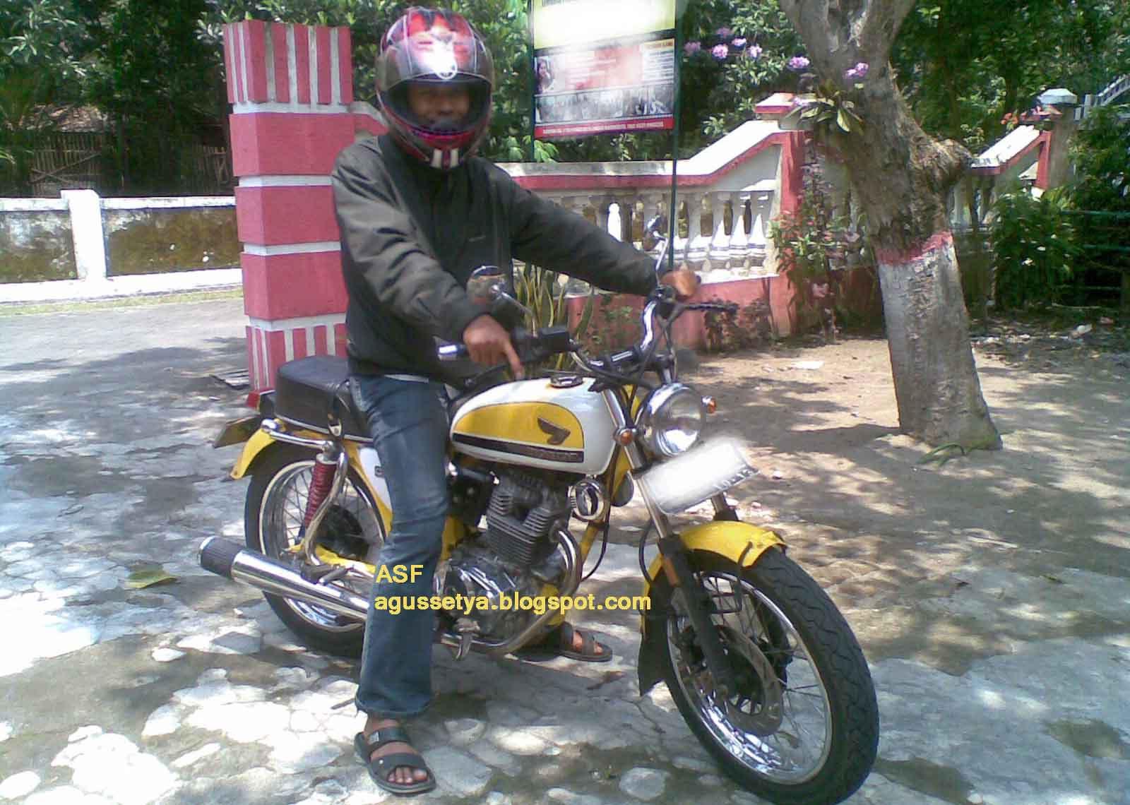 Honda CB 100 Kuning Blognya Agus Setya Fakhruddin