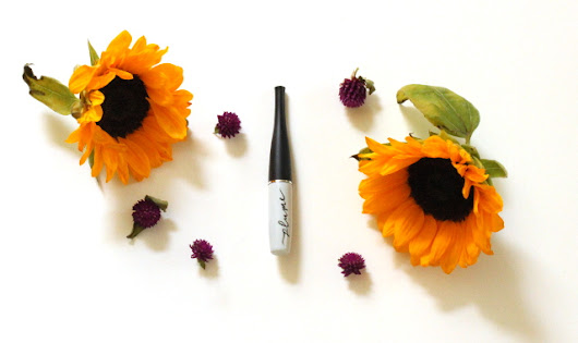 Plume Science Lash & Brow Enhancing Serum - Walking with Cake