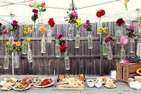 Cheap And Creative Garden Wedding Decoration Ideas
