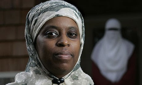 Lisa Valentine,  headscarf