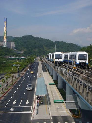 台北捷運動物園站