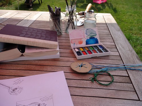 Sketching and braiding in the garden