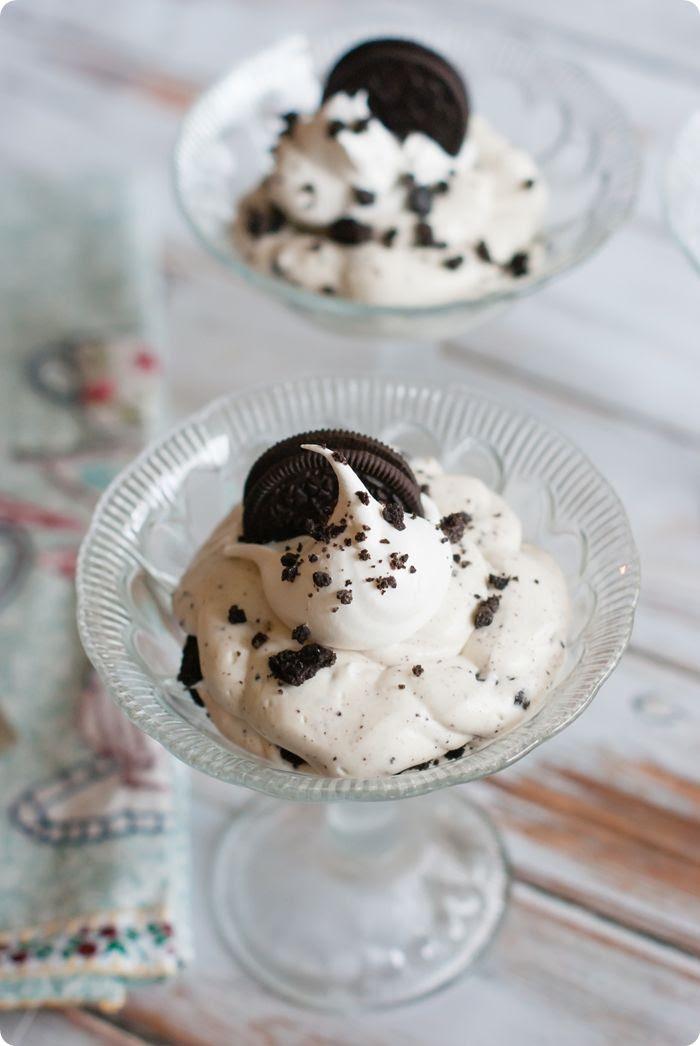 cookies and cream cheesecake layered dessert