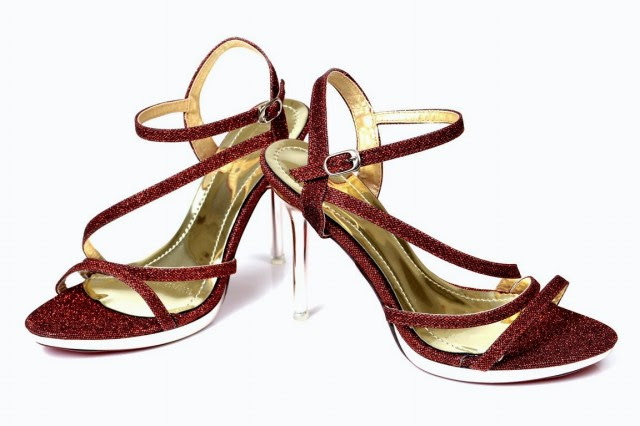 Girls-Womens-Beautiful-Formal-High-Shoes-Eid-Footwear-Collection-2013-by-Metro-Shoes-5