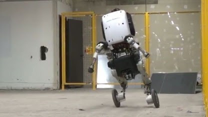 Handle: Boston Dynamics baut rollenden Roboter - Golem.de