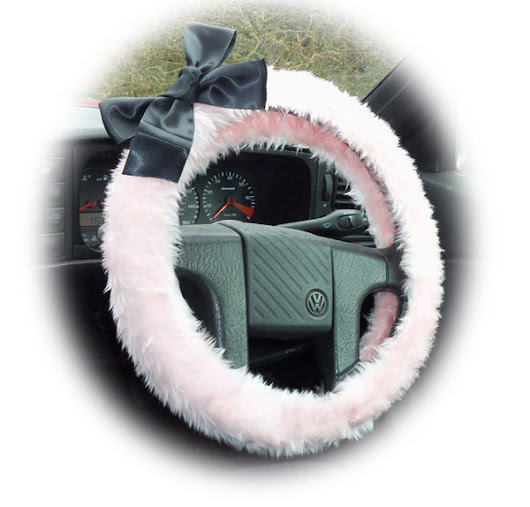Pretty Baby Pink fuzzy car steering wheel cover with black satin bow – Poppys Crafts