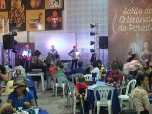 Salão do Artesanato da Paraíba, em Campina Grande, tem espaço para experiência gastronômica (Foto: Rafael Melo/ G1)