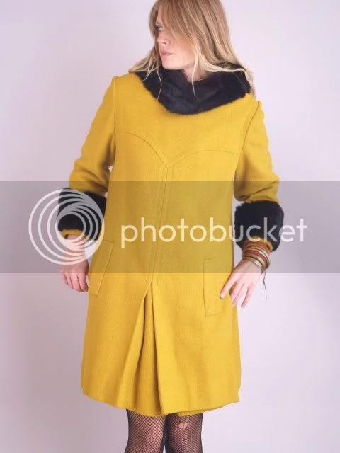 http://www.indiecultvintage.com/ebay/coats/Nov%201%202010/y2.JPG