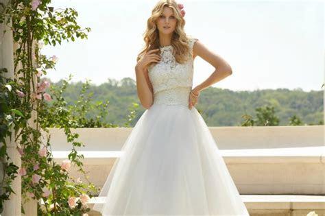 Short Wedding Dresses that are Classy & Sassy
