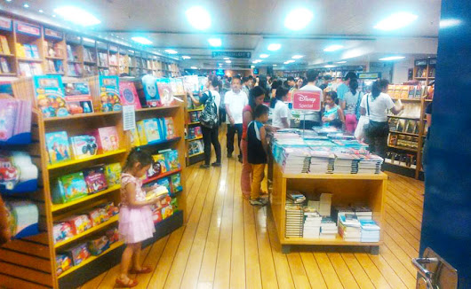 [Photos] On Board MV Logos Hope: The World's Largest Floating Book Fair Returns to Cebu