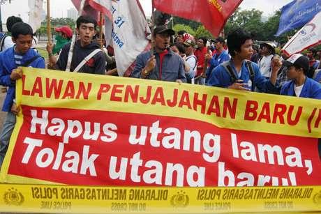 ZA&dunia: INDONESIA MENGHADAPI HUTANGAN NEGARA YANG SEMAKIN MENGGUNUNG- PEMIMPIN YANG BER-FOYA2 ...