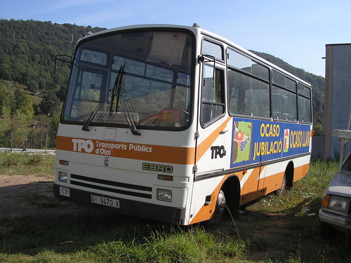 Autobus Ebro a un polígon industrial d'Olot (La Garrotxa-Girona)
