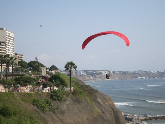 Paragliding in Lima - LimaCityKings.com
