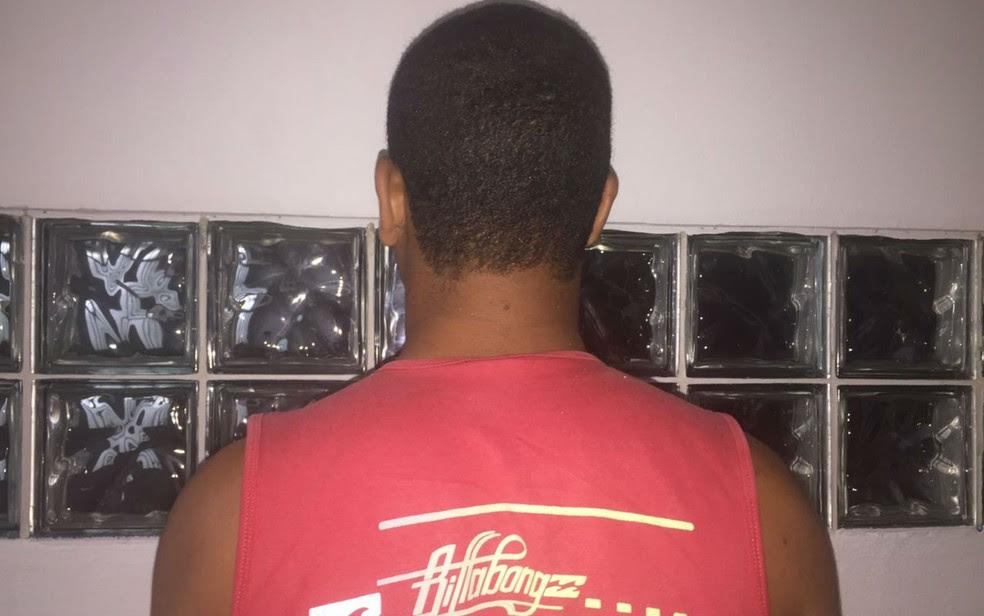 Adolescente foi apreendido suspeito de abusar sexualmente de criança de 7 anos na Bahia (Foto: Edvaldo Alves/Liberdadenews)