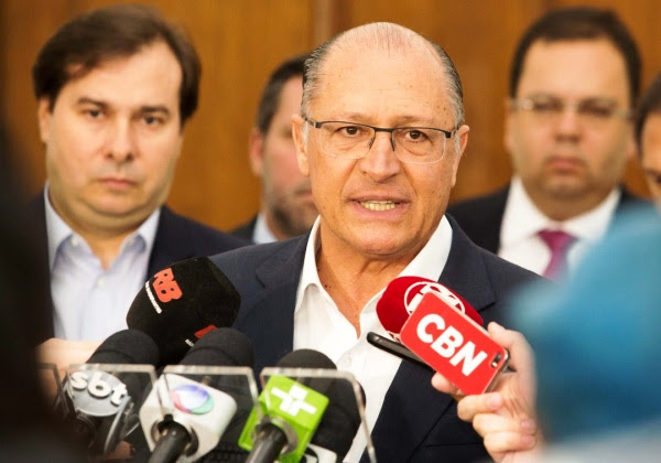 Resultado de imagem para alckmin dem acm rodrigo