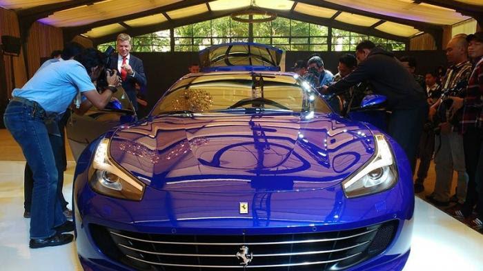 Ferrari Gtc4lusso T Sudah Diinden Dua Konsumen Asal Jakarta Fiturnya Bisa Dikustomisasi Tribunnews Com Mobile
