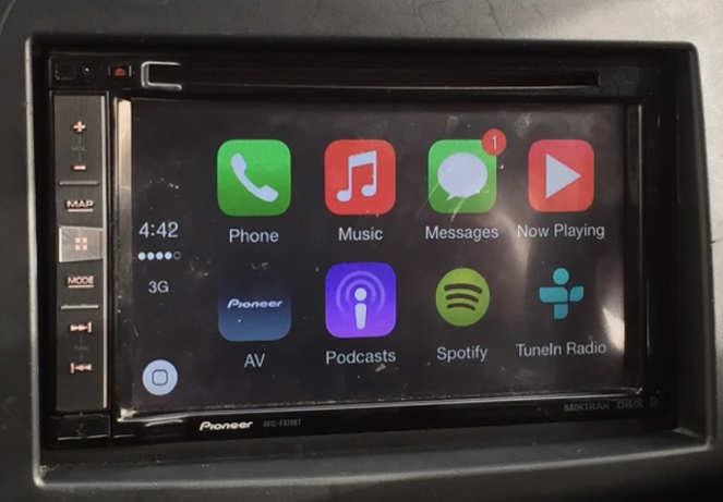 review apple carplay on pioneer avic f970bt my. Black Bedroom Furniture Sets. Home Design Ideas