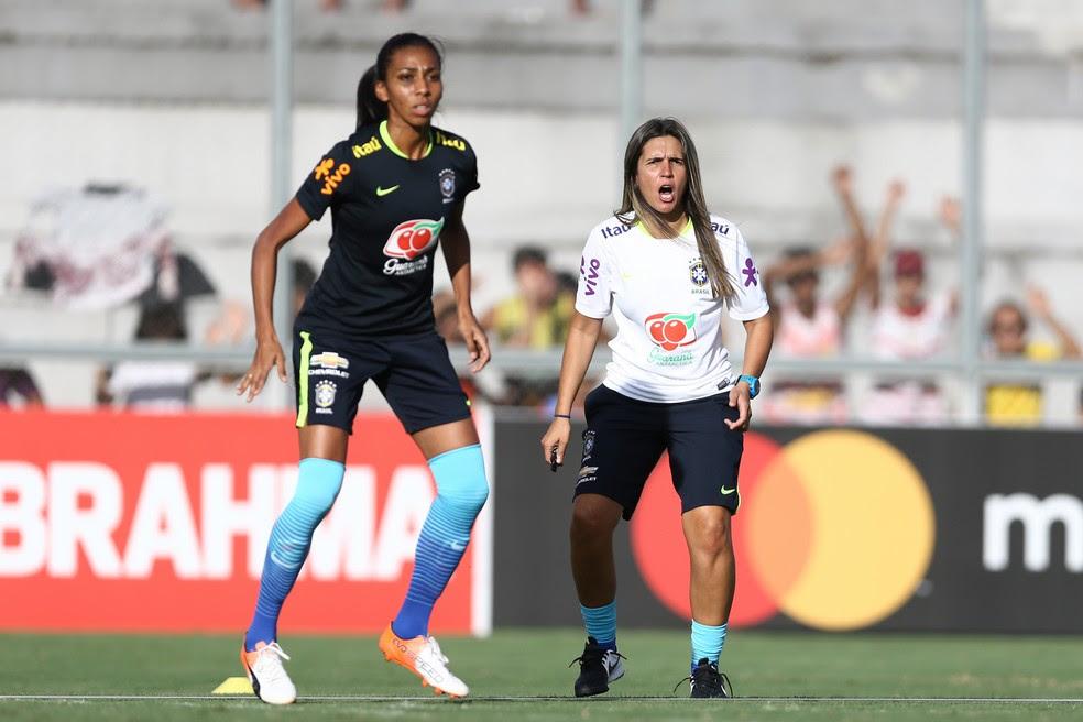 Emily Lima, técnica da seleção brasileira de futebol feminino, estará em Natal para observar jogos do Campeonato Potiguar (Foto: Lucas Figueiredo/CBF)