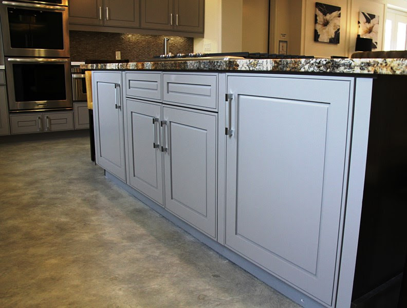 Kitchen Cabinets Photos, Office Cabinetry Photos | Ontario ...