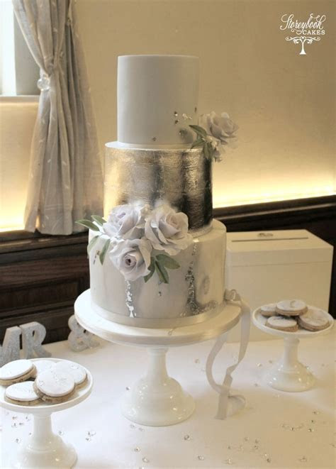 Best 25  Grey wedding cakes ideas on Pinterest   Grey