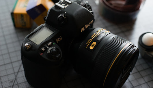 Fstoppers Reviews the Nikon F100 | Fstoppers