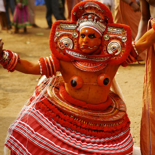 Theyyam | Kerala Tourim Guide