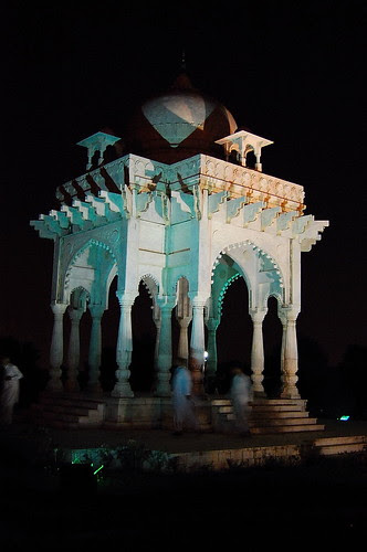 Moghul Gazebo at F9 Park, Islamabad 2